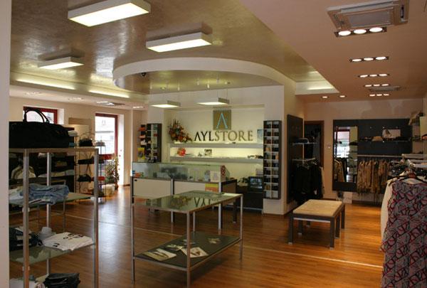 arredamento negozi Mantova, abbigliamento Aylstorev